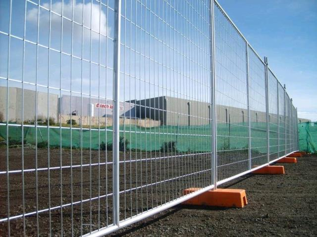 Where to find TEMPORARY FENCE PANELS 2.4MT in Perth